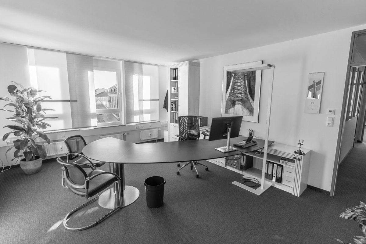 Das IVAS-Büro