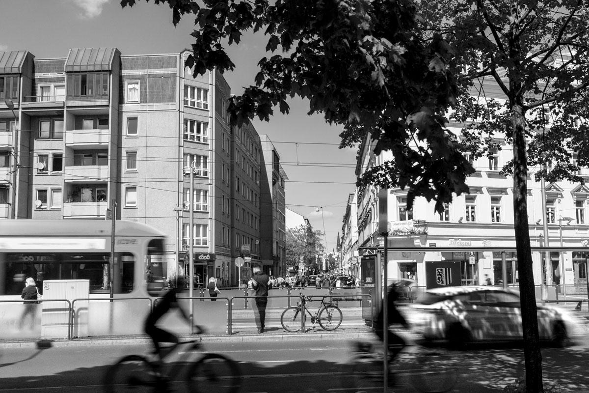 Blick vom Albertplatz in die Alaunstraße